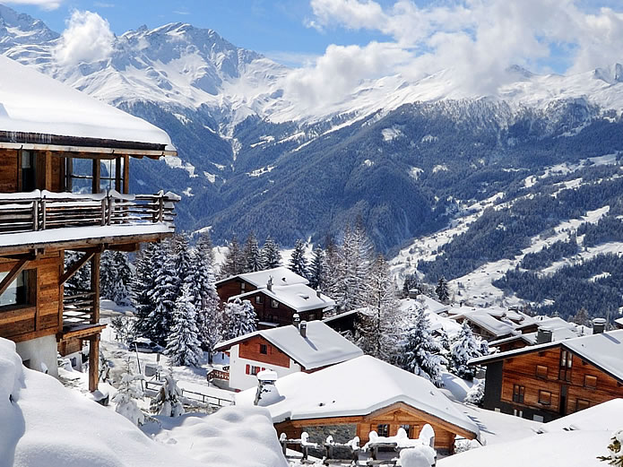 Catered and Self Catered Apartments, Chalets, Lodges and Hotels from 3 star to 5 star ©VERBIER / Val de Bagnes - La Tzoumaz