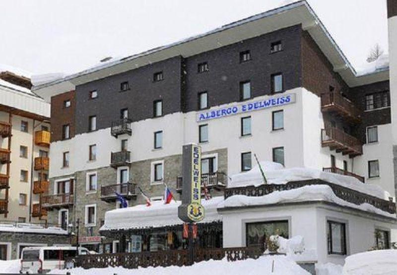 Hotel Edelweiss Exterior